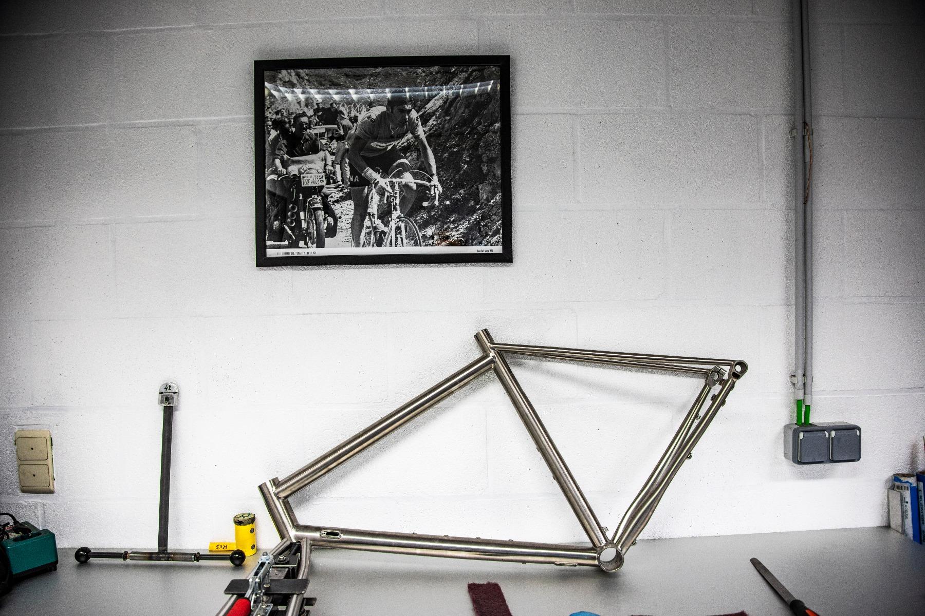 Eddy Merckx MyCorsa ongespoten frame